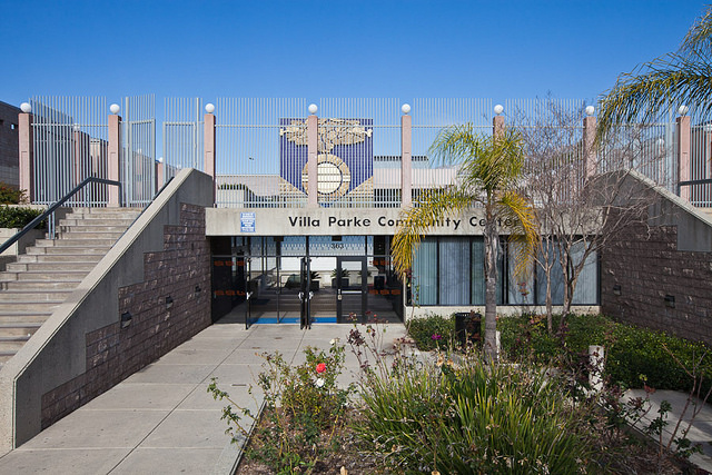 Image of the entrance doors at the Villa-Parke Community Center