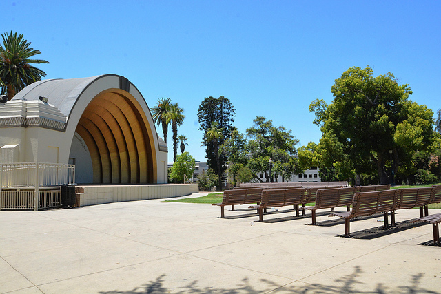 Image of the pavilion at Memorial Park