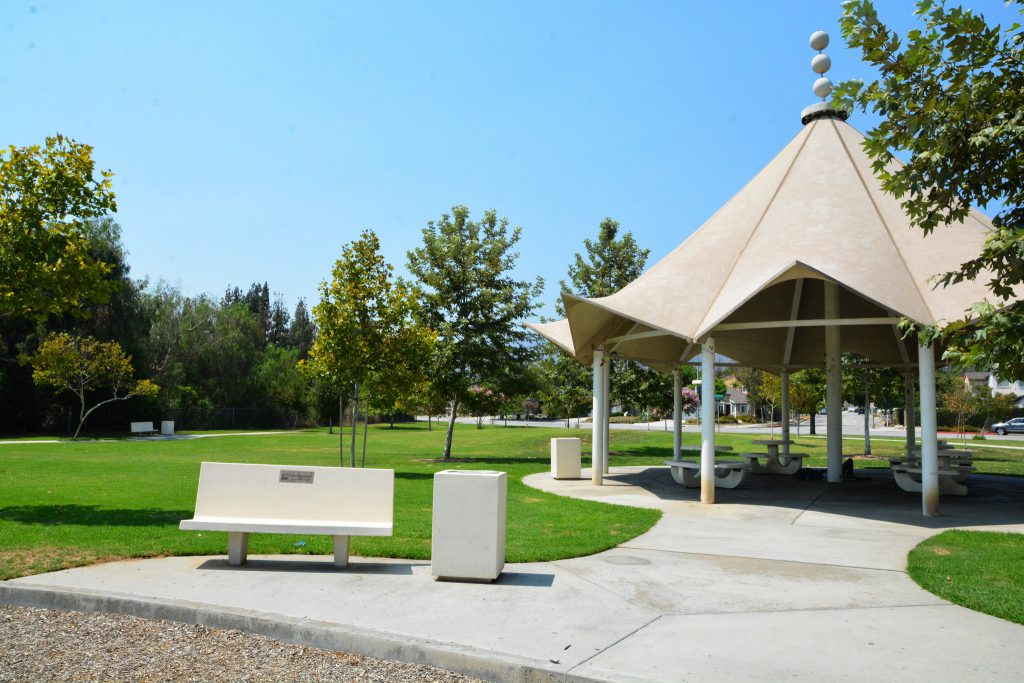 Image of a picnic shelter at Vina Vieja Park